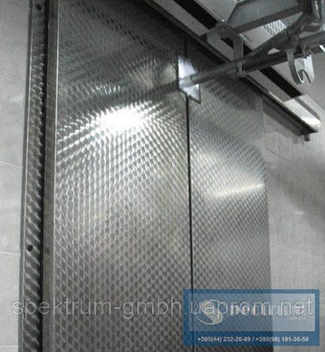 Двери холодильные двустворчатые откаточные